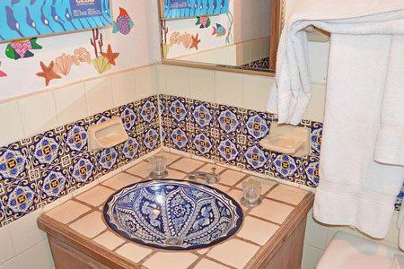 Rocky Point las-conchas-casita-chapman-guest-bathroom