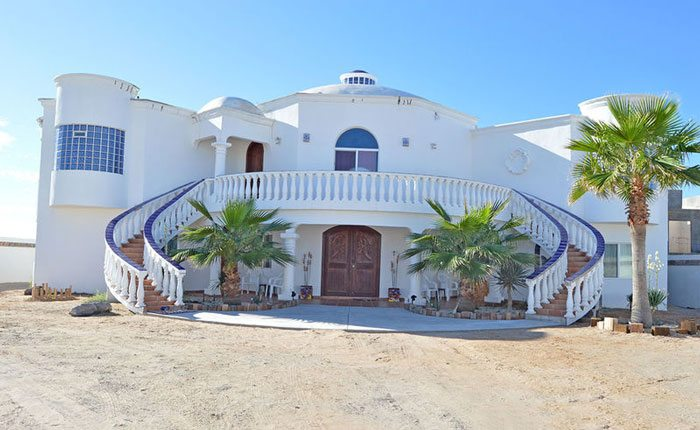 rocky-point-house-rental-casa-azul-mariposa-front-of-house