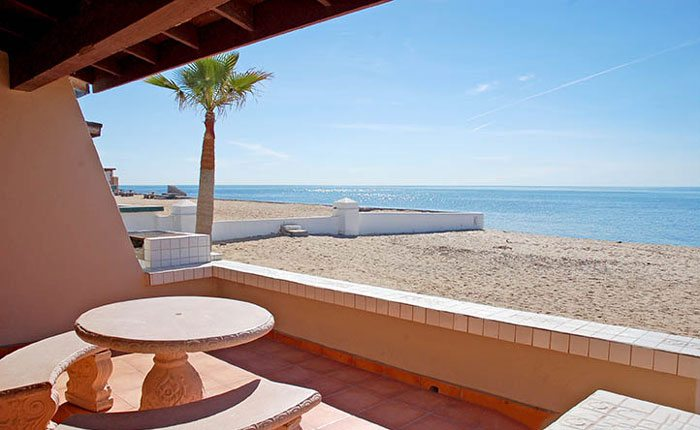 rocky-point-house-rental-la-felicidad-patio