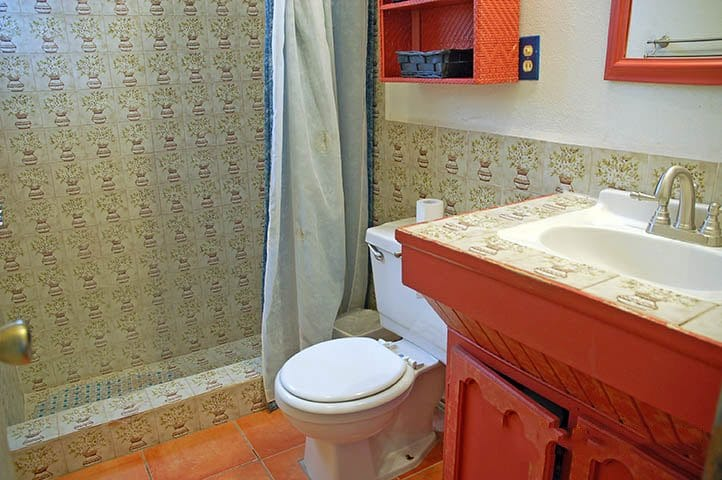 rocky-point-house-rental-la-felicidad-bathroom