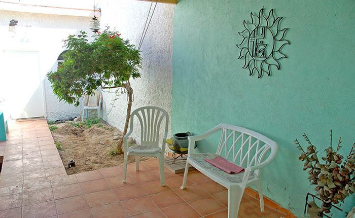 rocky-point-house-rental-la-felicidad-courtyard