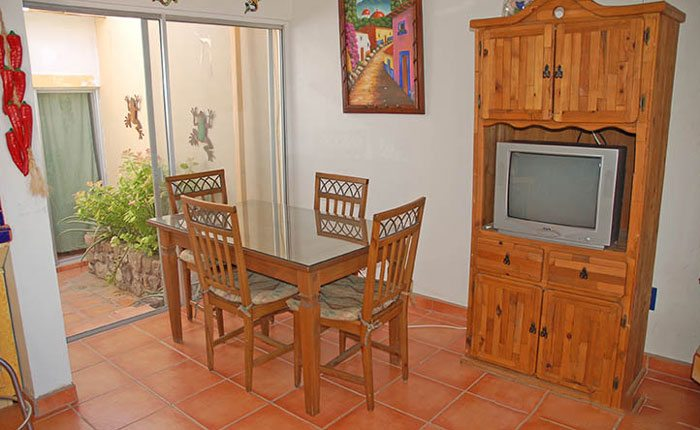 rocky-point-house-rental-la-felicidad-dining-room