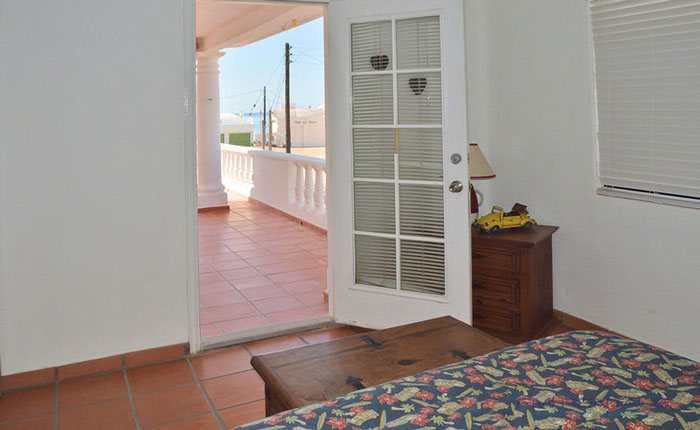 Rocky-Point-House-Rental-Las-Vista-del-Mar-Bedroom-with-patio-entrance