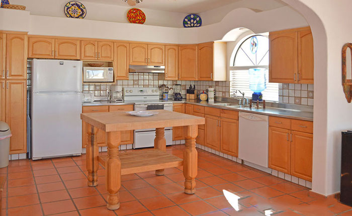 Rocky-Point-House-Rental-Las-Vista-del-Mar-Full-size-kitchen