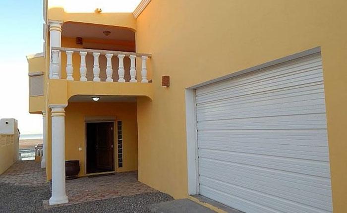 Rocky-Point-House-Rental-Casa-Medusa-garage