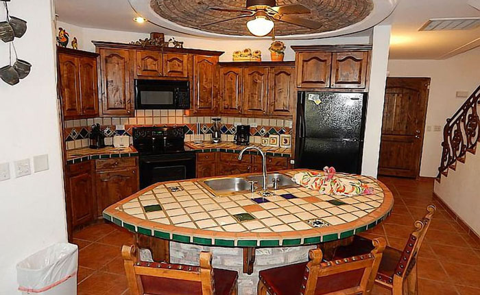 Rocky-Point-House-Rental-Casa-Medusa-kitchen-bar