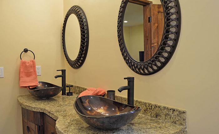 Rocky-Point-House-bathroom