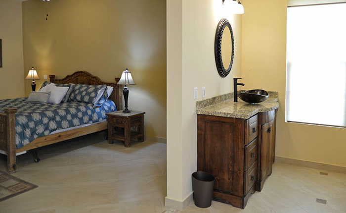 Rocky-Point-House-bedroom-bathroom