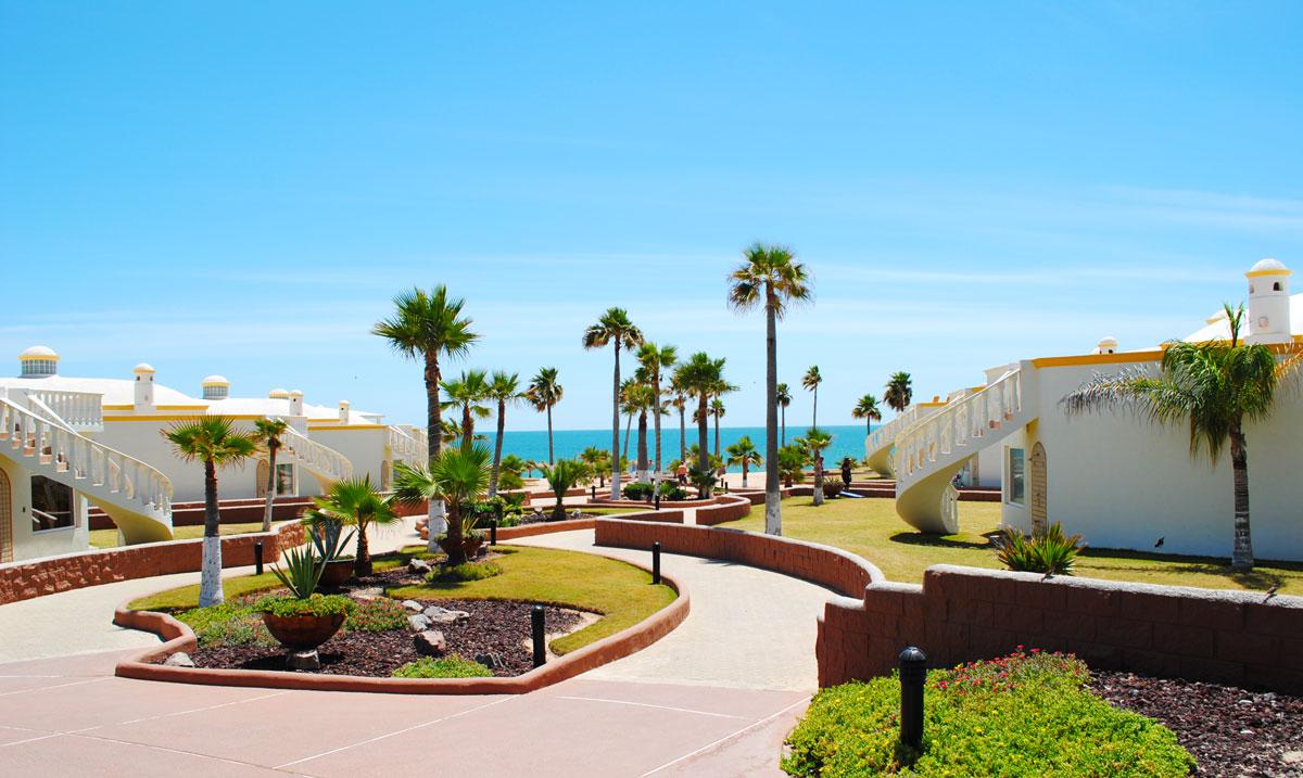 Las-Palmas-Rocky-Point-Houses