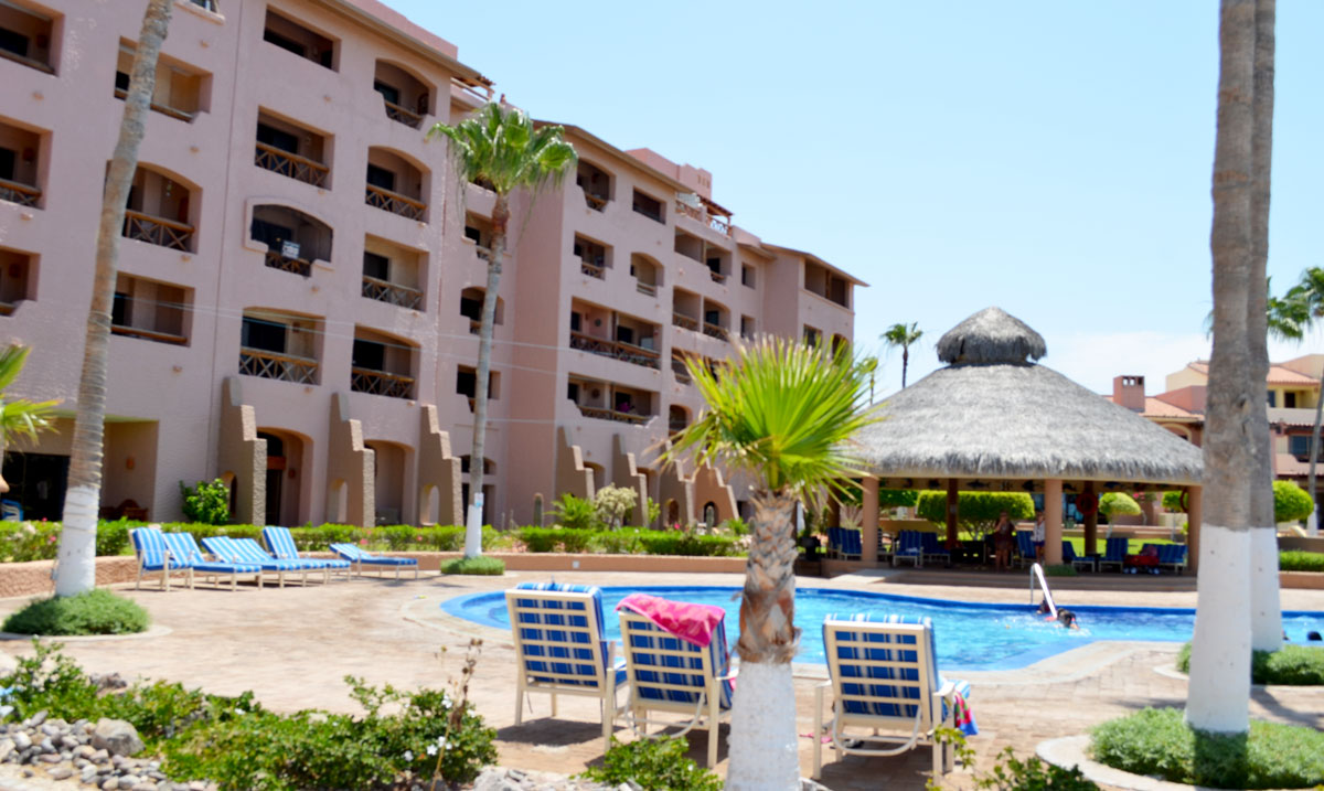 https://www.puertopenascomexico.com/wp-content/uploads/2018/01/Marina-Pinacate-Pool-Palapa.jpg