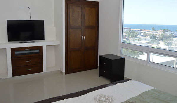 Rocky-Point-House-Rental-Sunset-Hill-Bedroom-TV