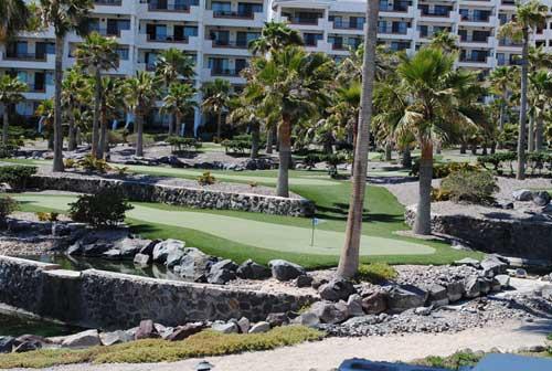 casa-blanca-mini-golf-course